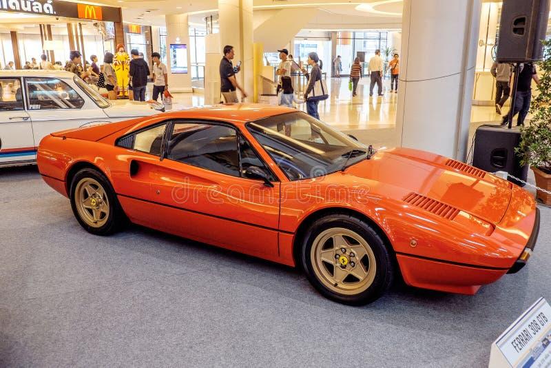 ΜΠΑΝΓΚΟΚ, ΤΑΪΛΑΝΔΗ, - 11 ΜΑΡΤΊΟΥ 2018: Ένα εκλεκτής ποιότητας αυτοκίνητο Ferrari 308 GTB: το 1975-1985 παρουσιάστηκε σε μια κλασι στοκ φωτογραφία με δικαίωμα ελεύθερης χρήσης