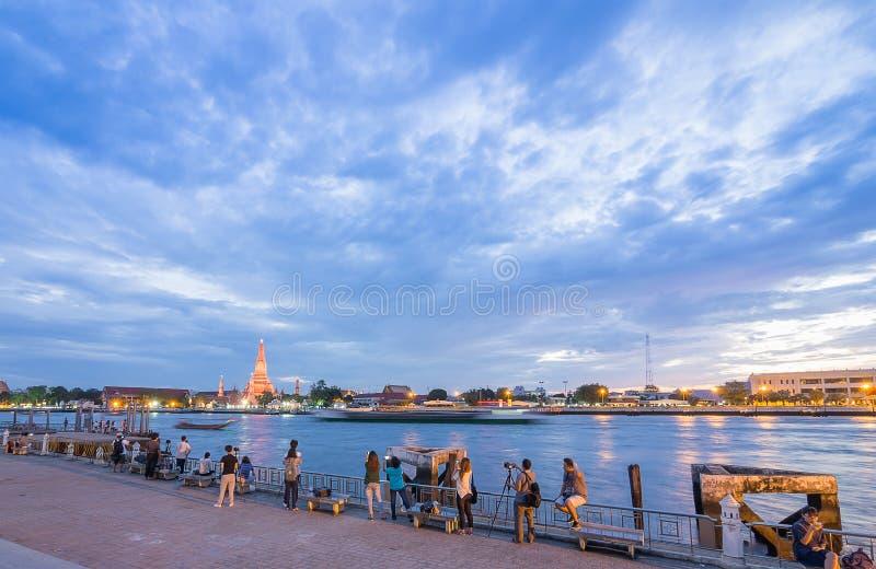 ΜΠΑΝΓΚΟΚ, ΤΑΪΛΑΝΔΗ - 16.2016 του Ιαν.: ναός ταξιδιωτικών φωτογραφιών στη Μπανγκόκ στοκ φωτογραφία