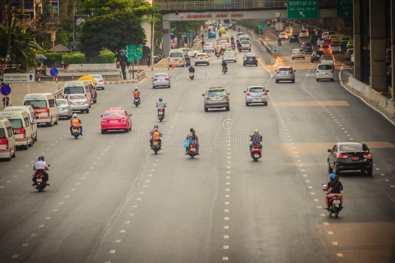 Μπανγκόκ, Ταϊλάνδη - 8 Μαρτίου 2017: Ομαλά κυκλοφορία σε Vibhavad στοκ φωτογραφία