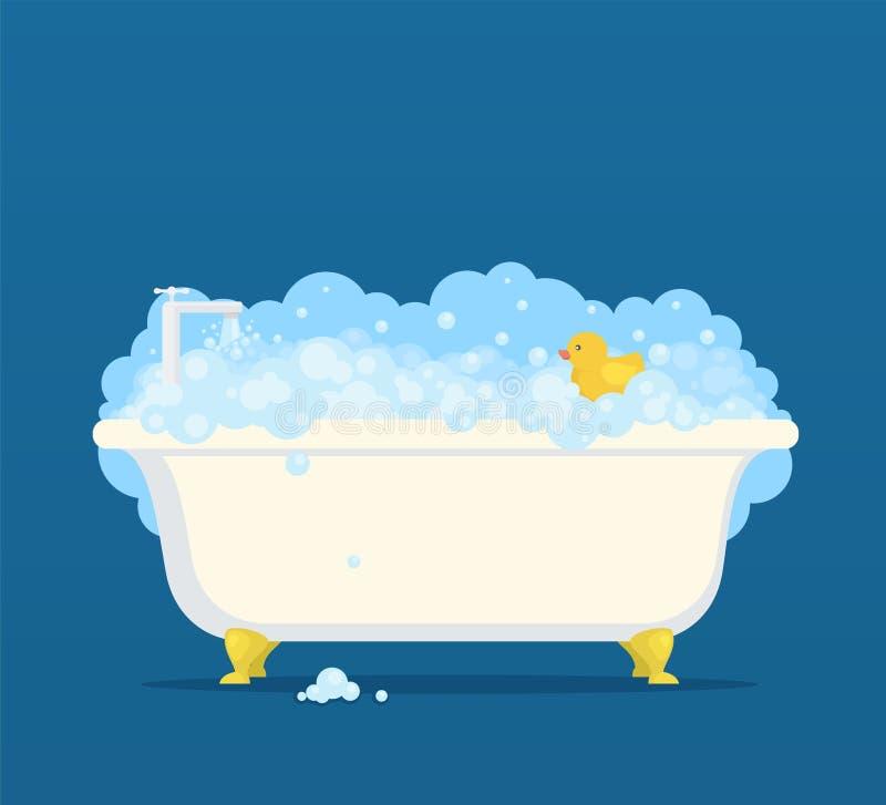 Μπανιέρα με τις φυσαλίδες σαπουνιών και τη χαριτωμένη πάπια ελεύθερη απεικόνιση δικαιώματος