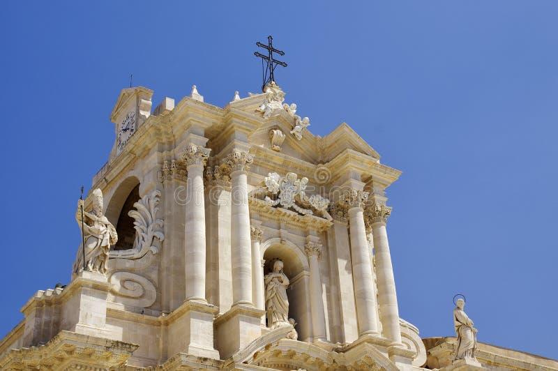 Μπαρόκ καθεδρικός ναός ύφους στην πλατεία Duomo Νησί Ortigia, πόλη των Συρακουσών, στη Σικελία Ιταλία στοκ φωτογραφία με δικαίωμα ελεύθερης χρήσης