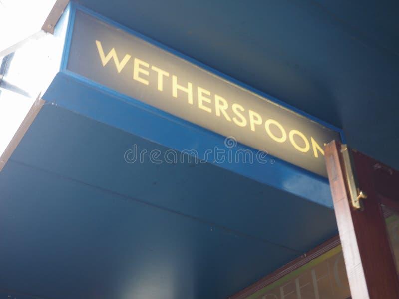 Μπαρ Wetherspoon storefront στο Καίμπριτζ στοκ εικόνα με δικαίωμα ελεύθερης χρήσης