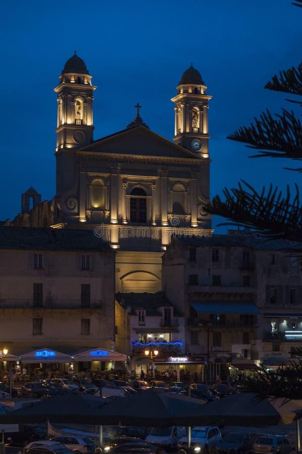 Μπαστία, Κορσική, ΚΑΠ Κορσική, νύχτα, ορίζοντας, παλαιός λιμένας, λιμάνι, βάρκες, εκκλησία στοκ φωτογραφία