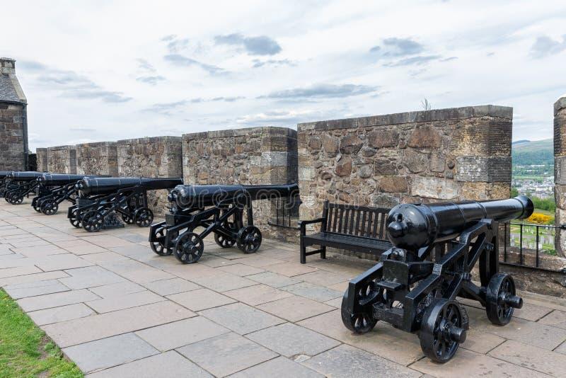 Μπαταρία των πυροβόλων και των οχυρώσεων σε μεσαιωνικό Stirling Castle, Σκωτία στοκ εικόνες με δικαίωμα ελεύθερης χρήσης