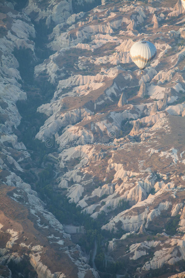 Μπαλόνι ζεστού αέρα σε Cappadocia στοκ φωτογραφία