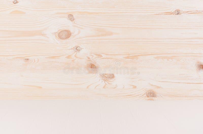 Μπεζ και άσπρο νέο φυσικό ξύλινο υπόβαθρο με την προοπτική, τον τοίχο και το ράφι, κενό στοκ εικόνες