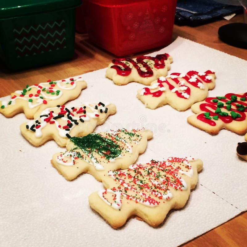 Μπισκότα ζάχαρης χριστουγεννιάτικων δέντρων στοκ εικόνες με δικαίωμα ελεύθερης χρήσης