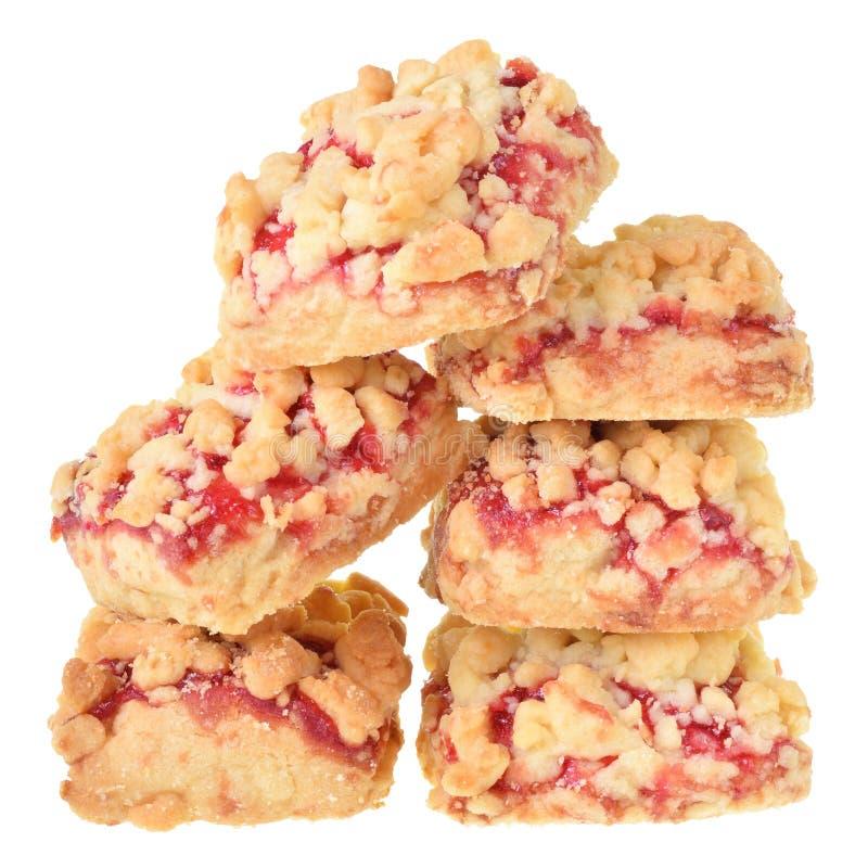 Μπισκότα κουλουρακιών με τη μαρμελάδα μούρων που απομονώνεται στοκ φωτογραφίες με δικαίωμα ελεύθερης χρήσης
