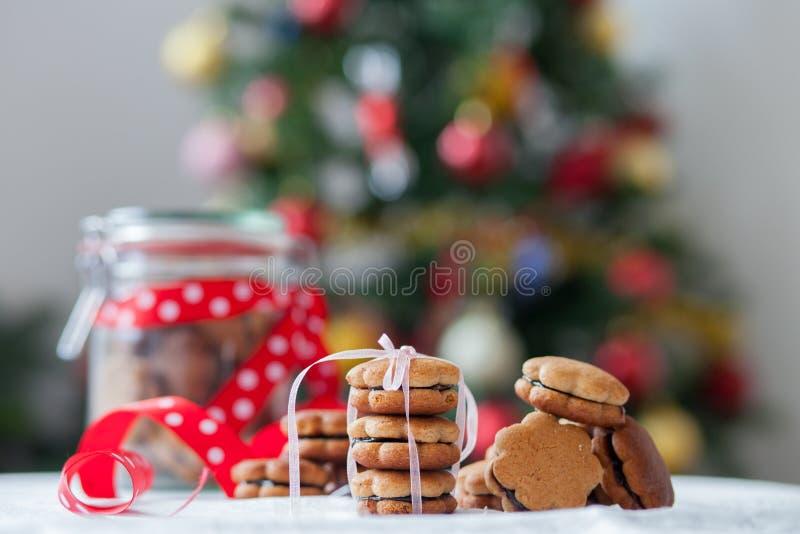 Μπισκότα μελοψωμάτων Χριστουγέννων στοκ φωτογραφία