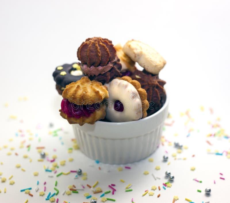 Μπισκότα σε ένα κύπελλο στοκ εικόνα