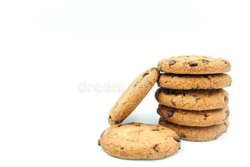 Μπισκότα τσιπ σοκολάτας που απομονώνονται στο άσπρο υπόβαθρο στοκ εικόνες