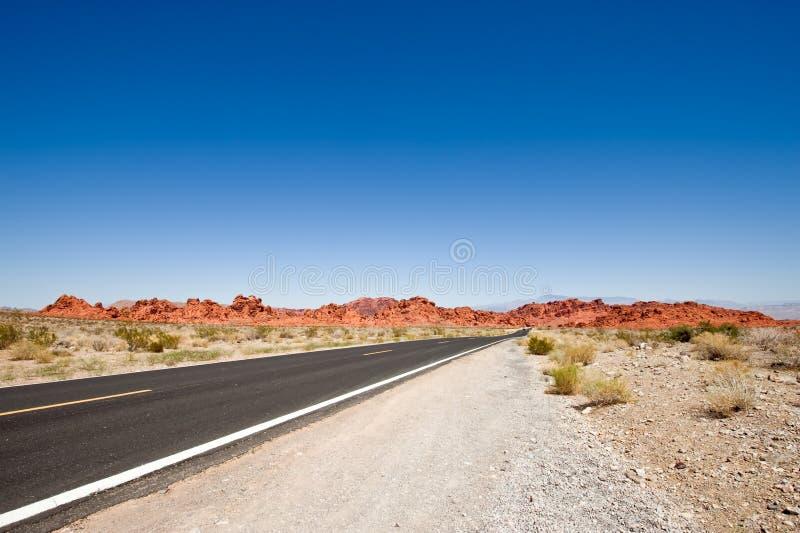 μπλε ανοικτός οδικός ουρανός στοκ φωτογραφίες