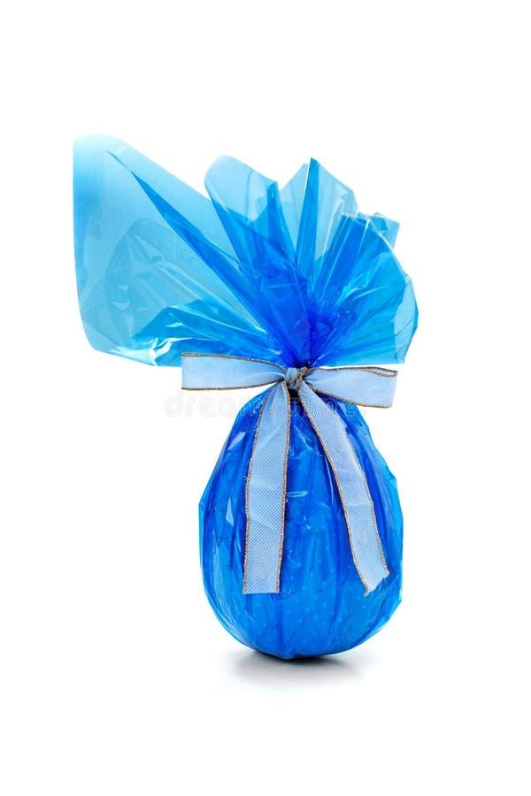 μπλε αυγό Πάσχας σοκολάτας στοκ εικόνα
