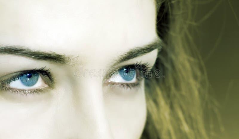 μπλε γυναίκα ματιών κινημα στοκ φωτογραφίες με δικαίωμα ελεύθερης χρήσης