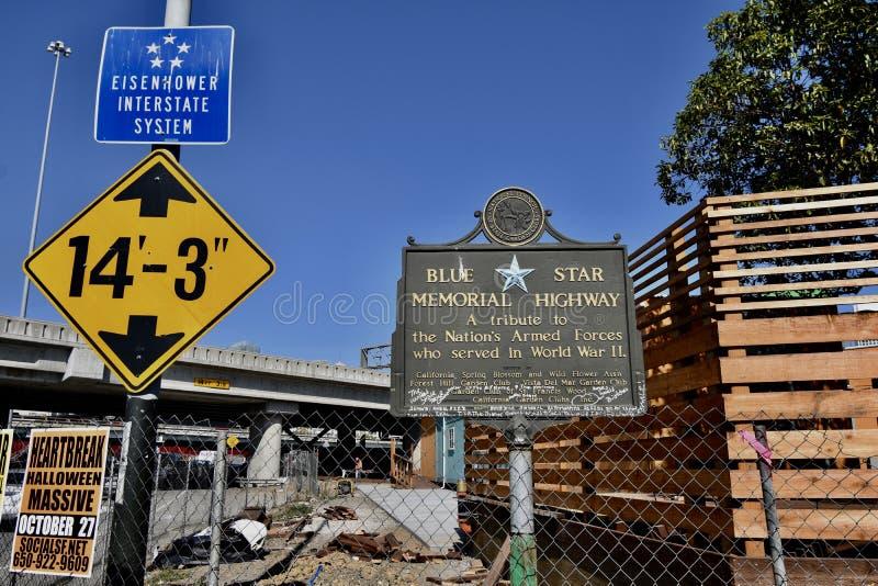 Μπλε διακρατικό σύστημα Σαν Φρανσίσκο Eisenhower εθνικών οδών αστεριών αναμνηστικό στοκ εικόνες