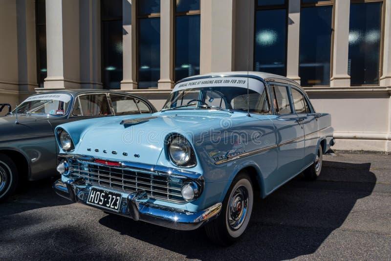 Μπλε εκλεκτής ποιότητας αυτοκίνητο του Holden σε Motorclassica στοκ εικόνες