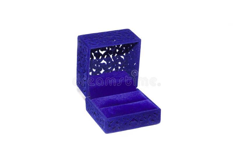 Μπλε κιβώτιο για τα γαμήλια δαχτυλίδια στοκ φωτογραφίες