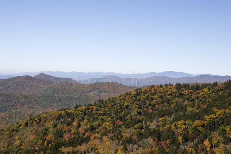 μπλε κορυφογραμμή βουνών στοκ εικόνα με δικαίωμα ελεύθερης χρήσης