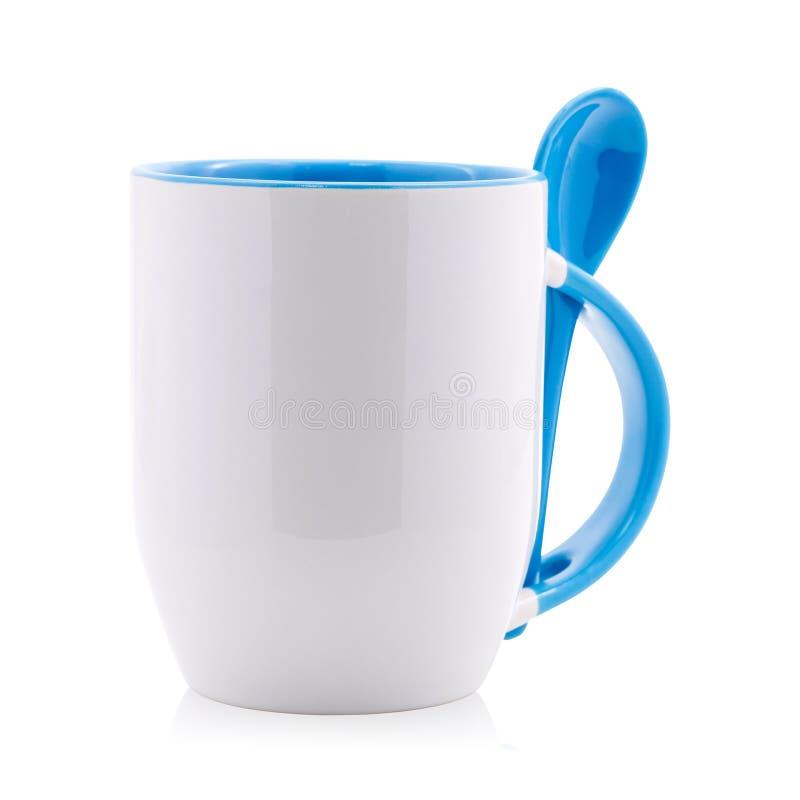 Μπλε κούπα και κουτάλι καφέ που απομονώνονται στο άσπρο υπόβαθρο Κενό φλυτζάνι τσαγιού για το σχέδιό σας ( διανυσματική απεικόνιση