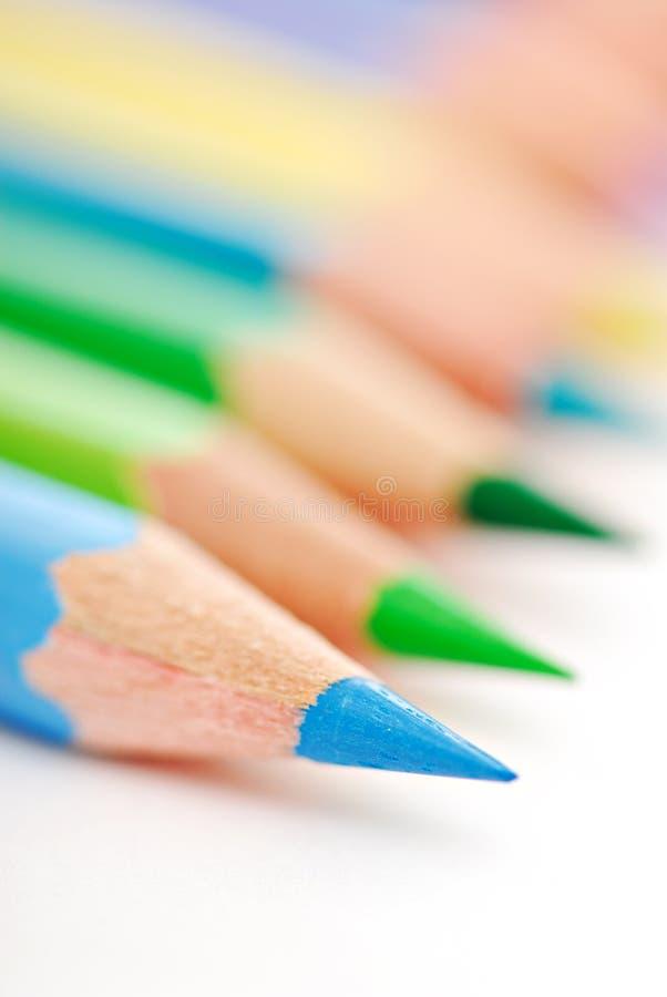 μπλε μολύβι αιχμηρό στοκ φωτογραφίες