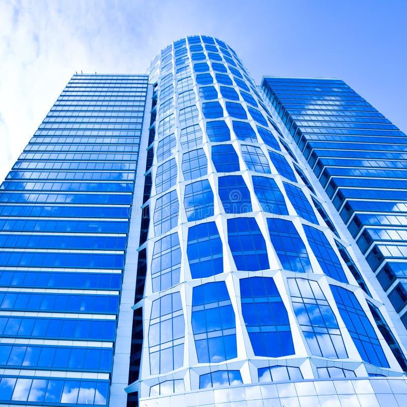 μπλε νέος ουρανοξύστης &epsilo στοκ φωτογραφία με δικαίωμα ελεύθερης χρήσης