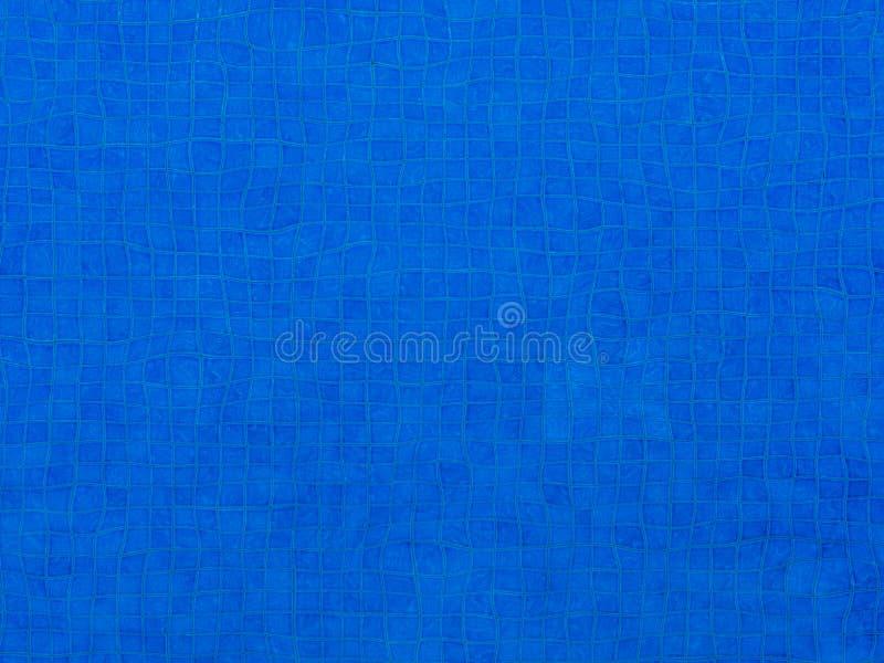 Μπλε νερό κυματισμών στο υπόβαθρο πισινών στοκ εικόνες