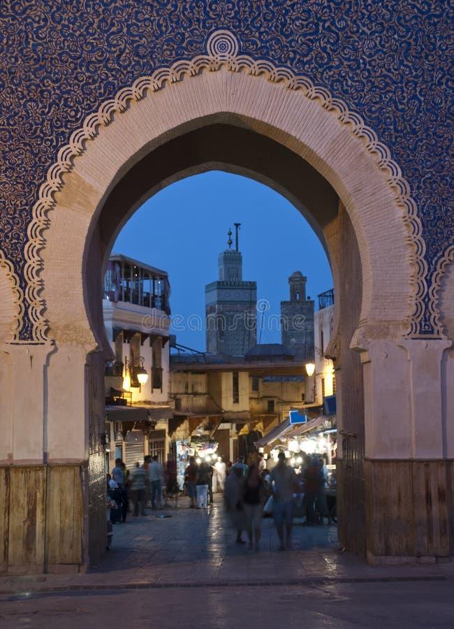 μπλε νύχτα πυλών στοκ εικόνες
