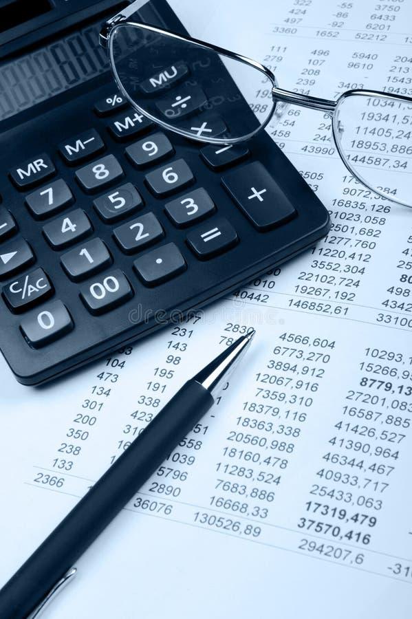 Download μπλε οικονομικός τόνος &epsi Απεικόνιση αποθεμάτων - εικονογραφία από αποδοχές, eyeglasses: 13176334