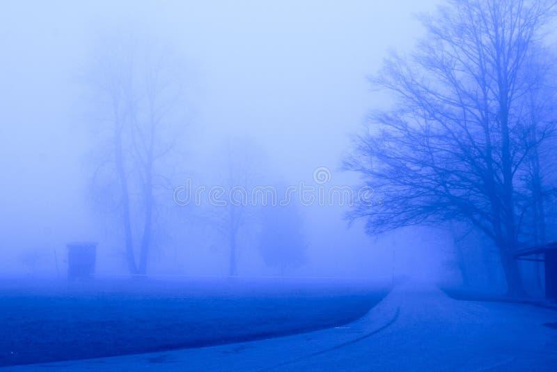 μπλε ομίχλη στοκ φωτογραφίες