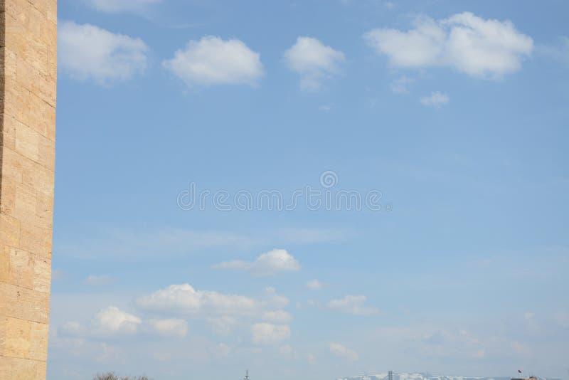 Μπλε ουρανός και σύννεφα στοκ εικόνες με δικαίωμα ελεύθερης χρήσης