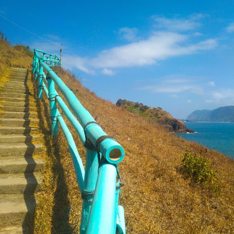 Μπλε σκάλα από μπαμπού με εξαιρετική θέα στοκ φωτογραφίες