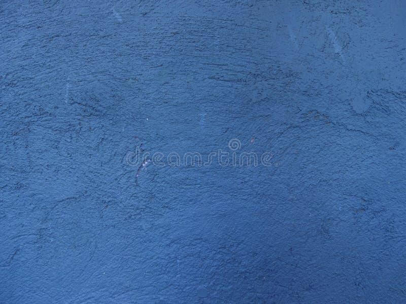 Μπλε χρωματισμένο υπόβαθρο φωτογραφιών τοίχων ασβεστοκονιάματος Ο παλαιός τοίχος ραγίζει τη σύσταση φωτογραφιών στοκ φωτογραφία με δικαίωμα ελεύθερης χρήσης