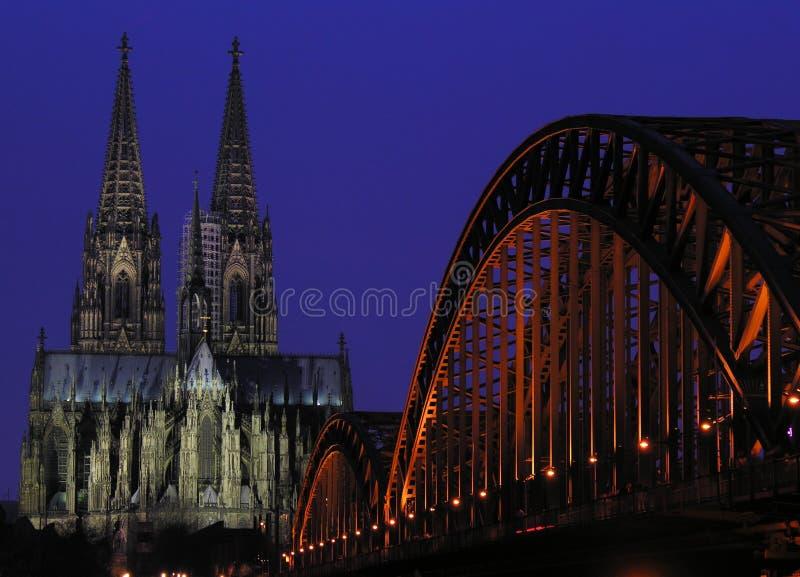 Download μπλε ώρα στοκ εικόνες. εικόνα από ορόσημο, υψηλός, hohenzollern - 96360