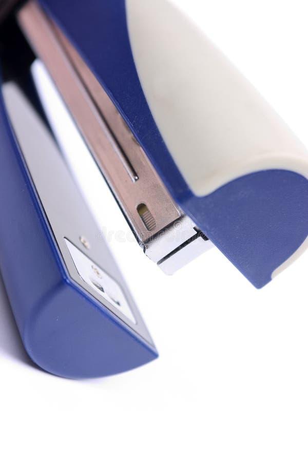 Download μπλε stapler στοκ εικόνα. εικόνα από stapler, αντικείμενο - 13178081