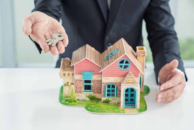 Μπορείτε να αγοράσετε αυτό το σπίτι στοκ εικόνα με δικαίωμα ελεύθερης χρήσης