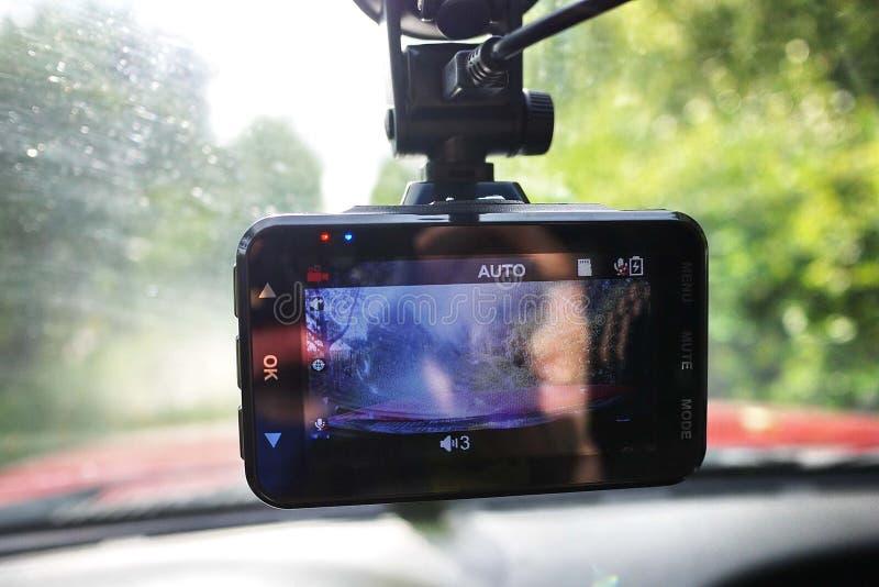 Βίντεο εγγραφής για να καταγράψει την κατάσταση κυκλοφορίας οδηγώντας το αυτοκίνητό σας Μπορεί να χρησιμοποιηθεί και στα αυτοκίνη στοκ εικόνες