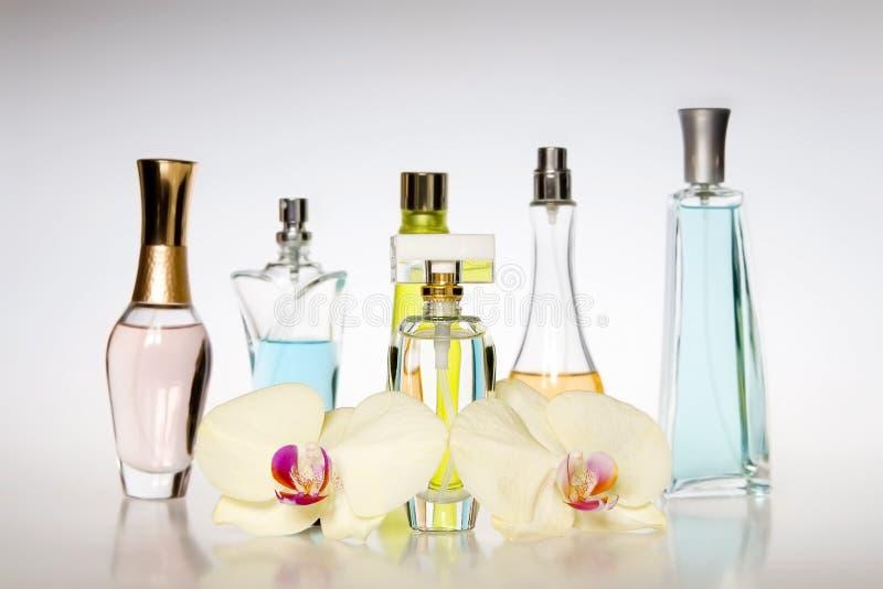 Μπουκάλια αρώματος στοκ εικόνα