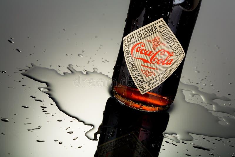 Μπουκάλι κόκα κόλα στοκ εικόνα με δικαίωμα ελεύθερης χρήσης