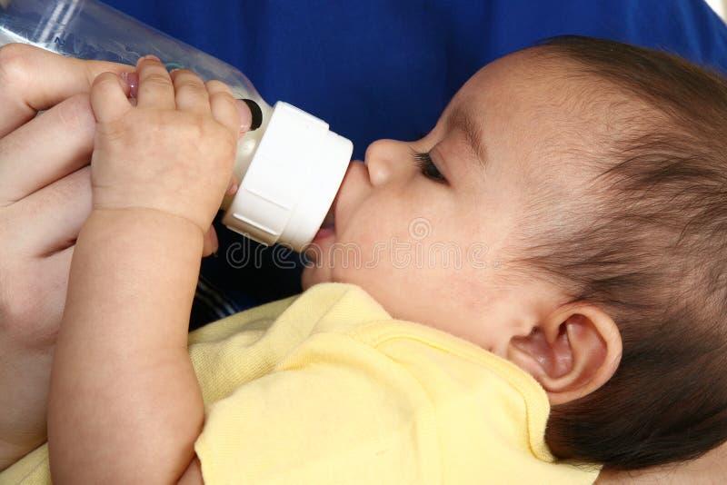 μπουκάλι νεογέννητο στοκ φωτογραφία
