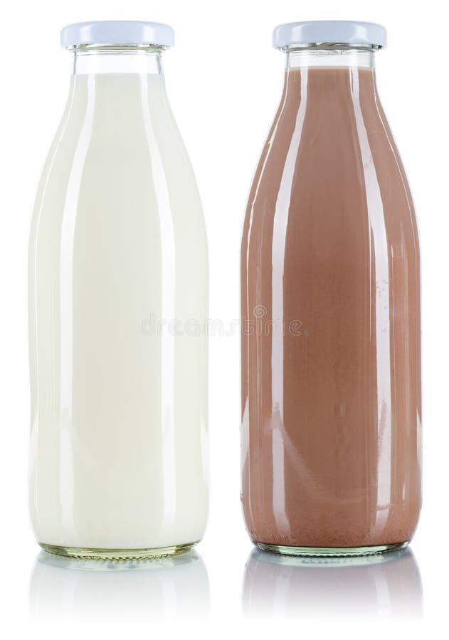 Μπουκάλι ποτών γάλακτος και σοκολάτας που απομονώνεται στο λευκό στοκ εικόνα με δικαίωμα ελεύθερης χρήσης