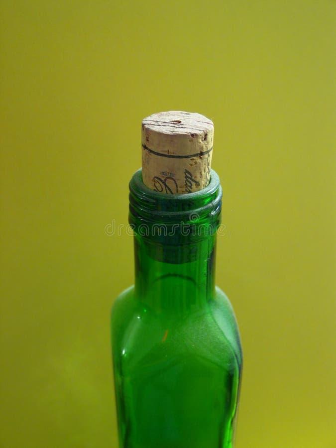 Download μπουκάλι πράσινο στοκ εικόνες. εικόνα από εμφιαλωτών, party - 393144