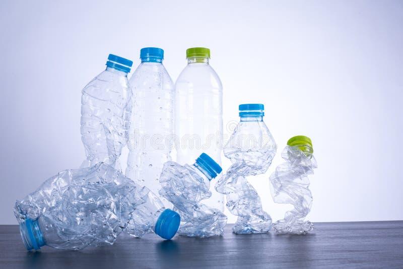 μπουκάλια ανακύκλωσης στοκ φωτογραφίες