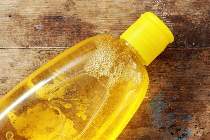 Μπουκάλι σαμπουάν μωρών στοκ εικόνες