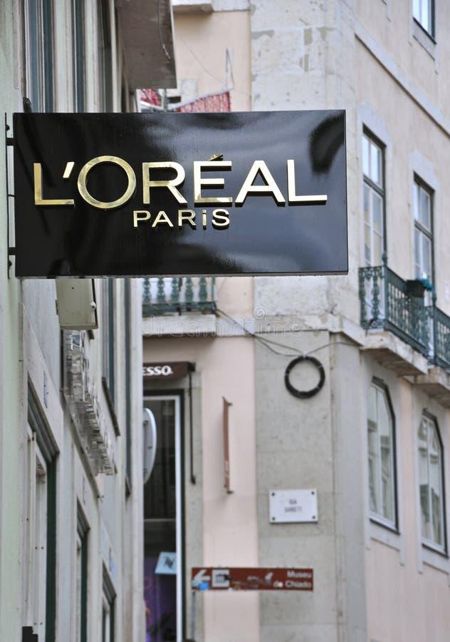 Μπουτίκ της L'Oreal στη Λισσαβώνα στοκ φωτογραφία με δικαίωμα ελεύθερης χρήσης