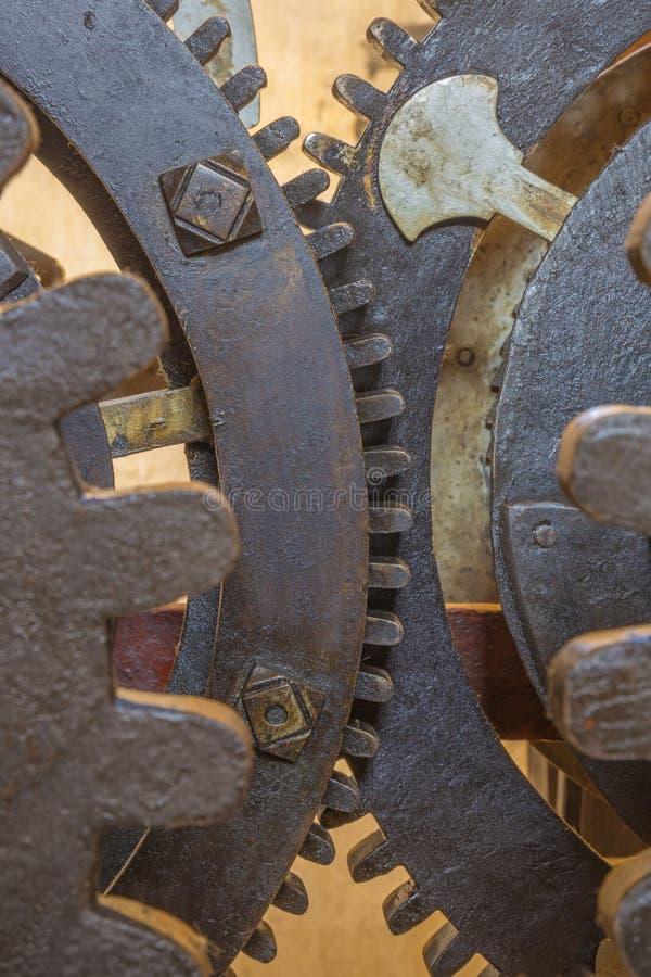 Μπρατισλάβα - η λεπτομέρεια του παλαιού μηχανισμού από το πύργος-ρολόι στον καθεδρικό ναό του ST Martins στην εργασία 18 αιώνας στοκ εικόνα με δικαίωμα ελεύθερης χρήσης