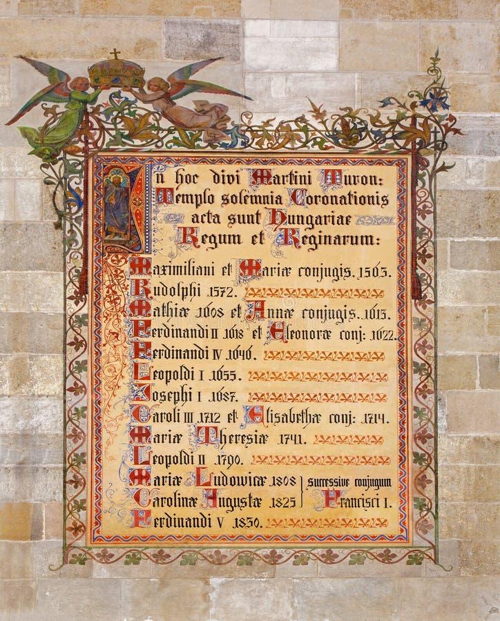 Μπρατισλάβα - διακοσμητική νωπογραφία με τα ονόματα των βασιλιάδων που στέφονται στη Μπρατισλάβα μεταξύ των ετών 1563 - 1830 στον  στοκ φωτογραφία με δικαίωμα ελεύθερης χρήσης