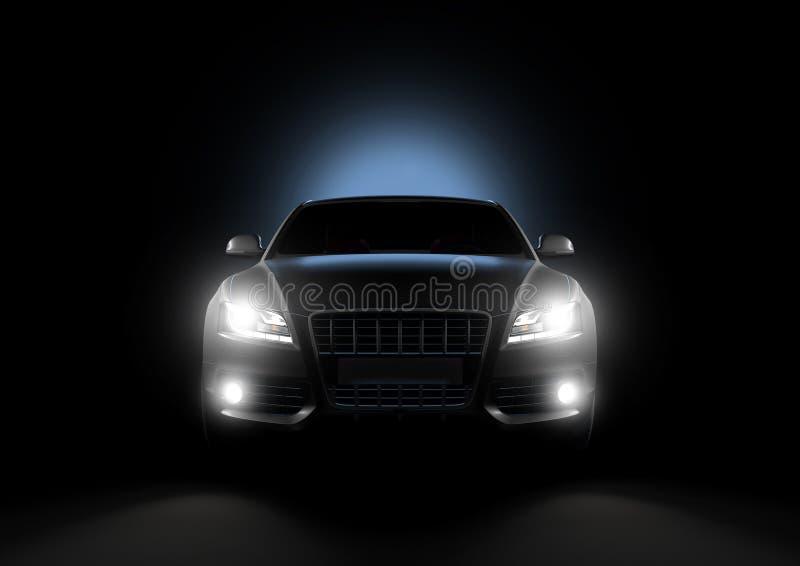 Μπροστινή άποψη του αυτοκινήτου πολυτέλειας σε ένα μαύρο υπόβαθρο στοκ εικόνα