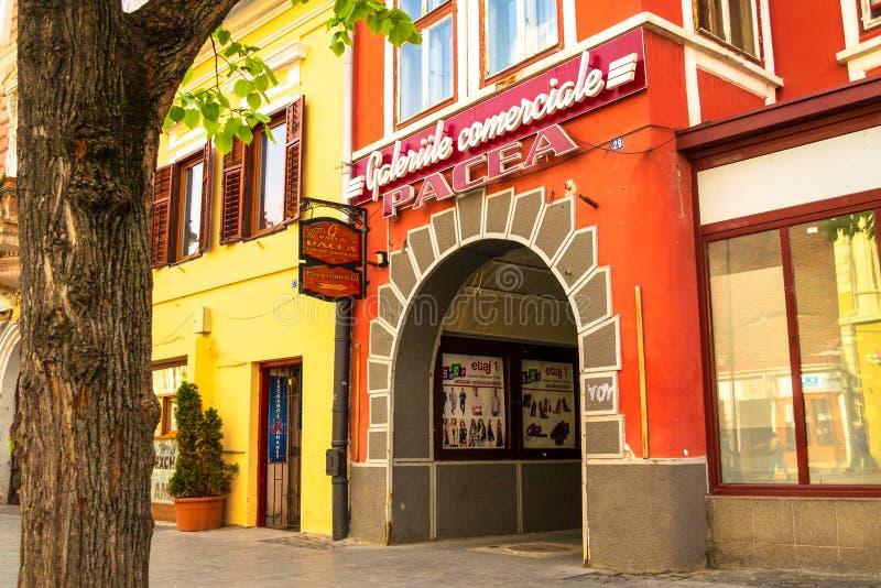 Μπροστινή είσοδος Galeriile Comerciale Pacea στοών αγορών Pacea, μια σαφή θερινή ημέρα Εκδοτικός, αγορές, τουρισμός στοκ φωτογραφία με δικαίωμα ελεύθερης χρήσης