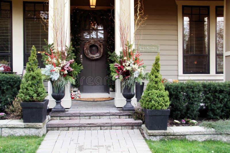 Μπροστινή πόρτα Χριστουγέννων στοκ εικόνες
