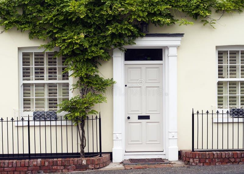 Μπροστινή πόρτα στοκ φωτογραφία με δικαίωμα ελεύθερης χρήσης